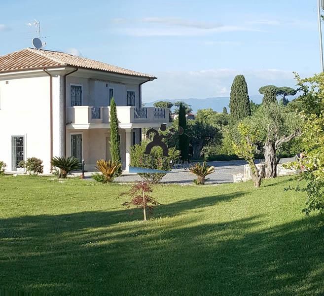 V2227  Monteporzio Catone